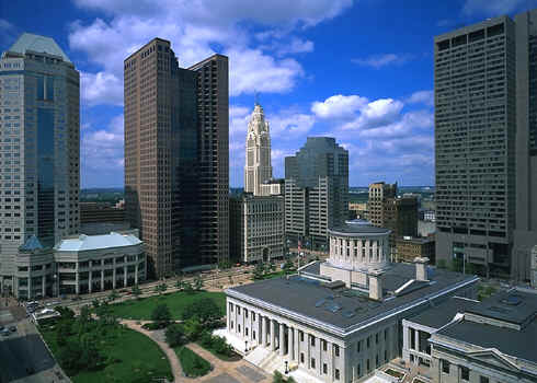 downtown-columbus-ohio-statehouse.jpg