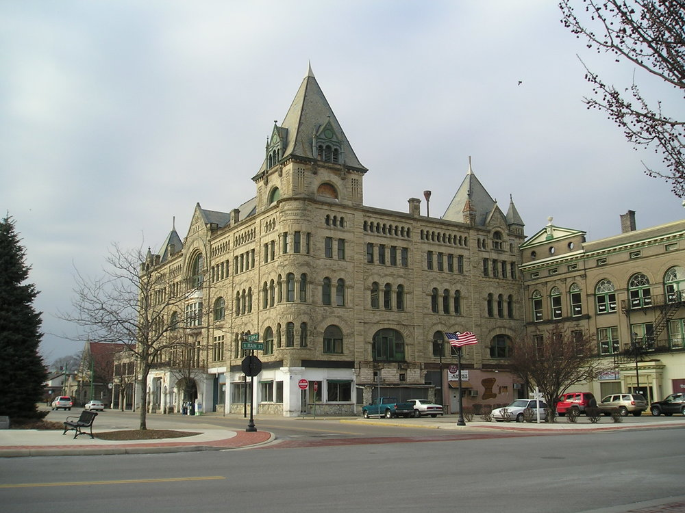 Historic Fort Piqua Hotel in Piqua, OH
