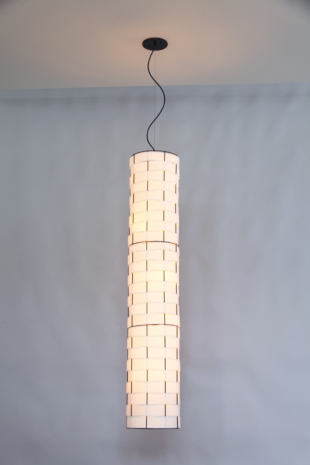Basket Weave_C-130_Column Pendant_black_white_lit.JPG