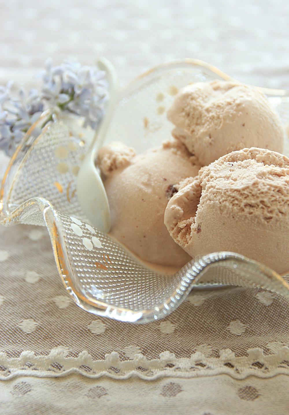 gelato alla nocciola