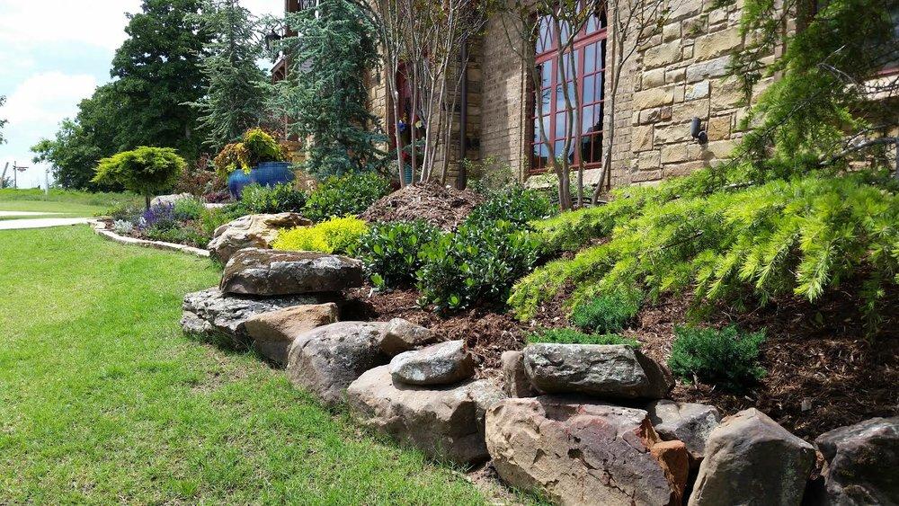 small moss boulder border2.jpg