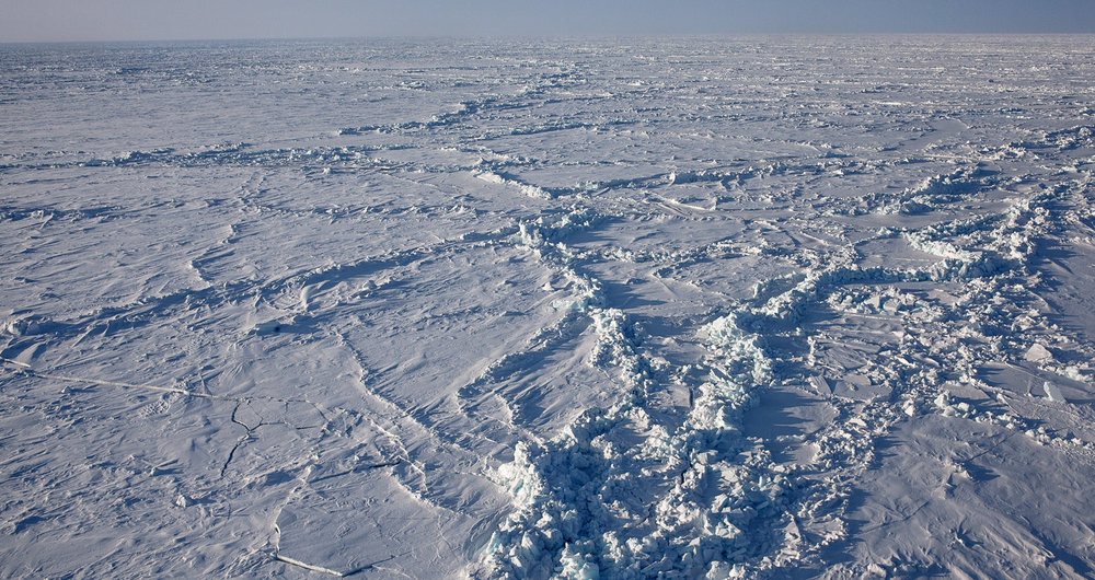 Sea ice at the North Pole.  JONAA©Ragnar Axelsson, RAX