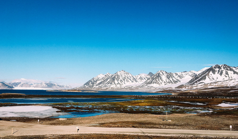 Svalbard, where the research will soon be expanded to include changes in precipitation and runoff patterns, thawing permafrost and melting glaciers can be expected to alter the mobilisation and transport of water, sediments and associated compounds from land to sea. JONAA@Justin Levesque