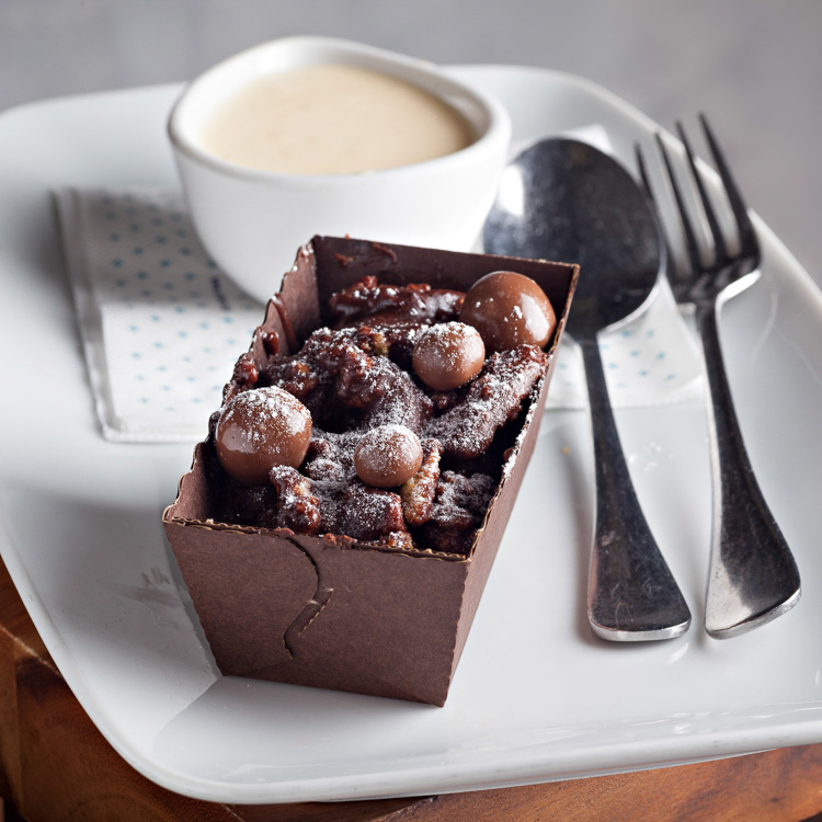Rocky Road Chocolate Biscuit Cake