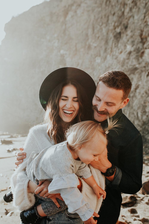 davenport-family-portrait-session-burrow-3.jpg