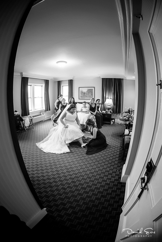 Bride getting ready at the Grand Summit hotel summit New Jersey