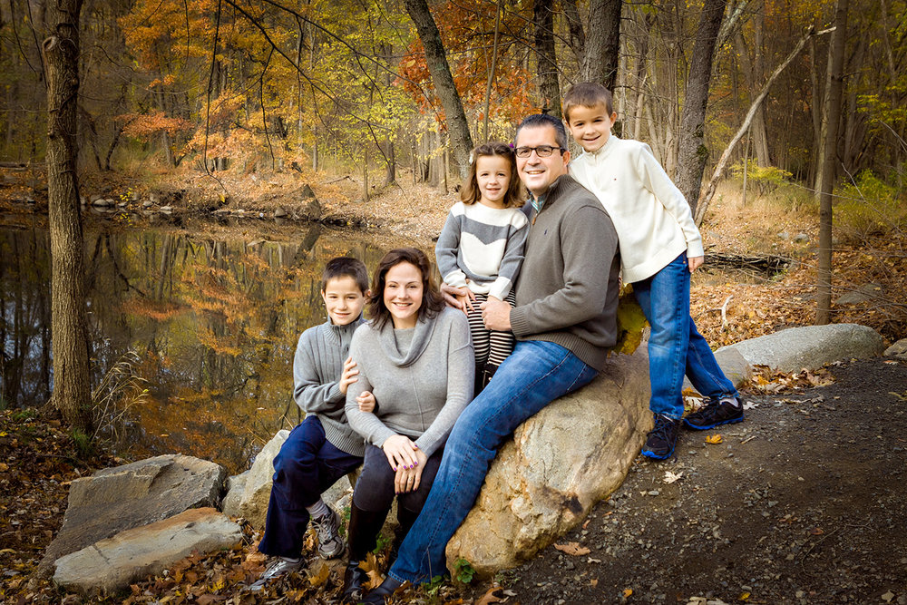 Outdoor Portrait of Family of four at Ramapo Reservation in Mahwah NJ