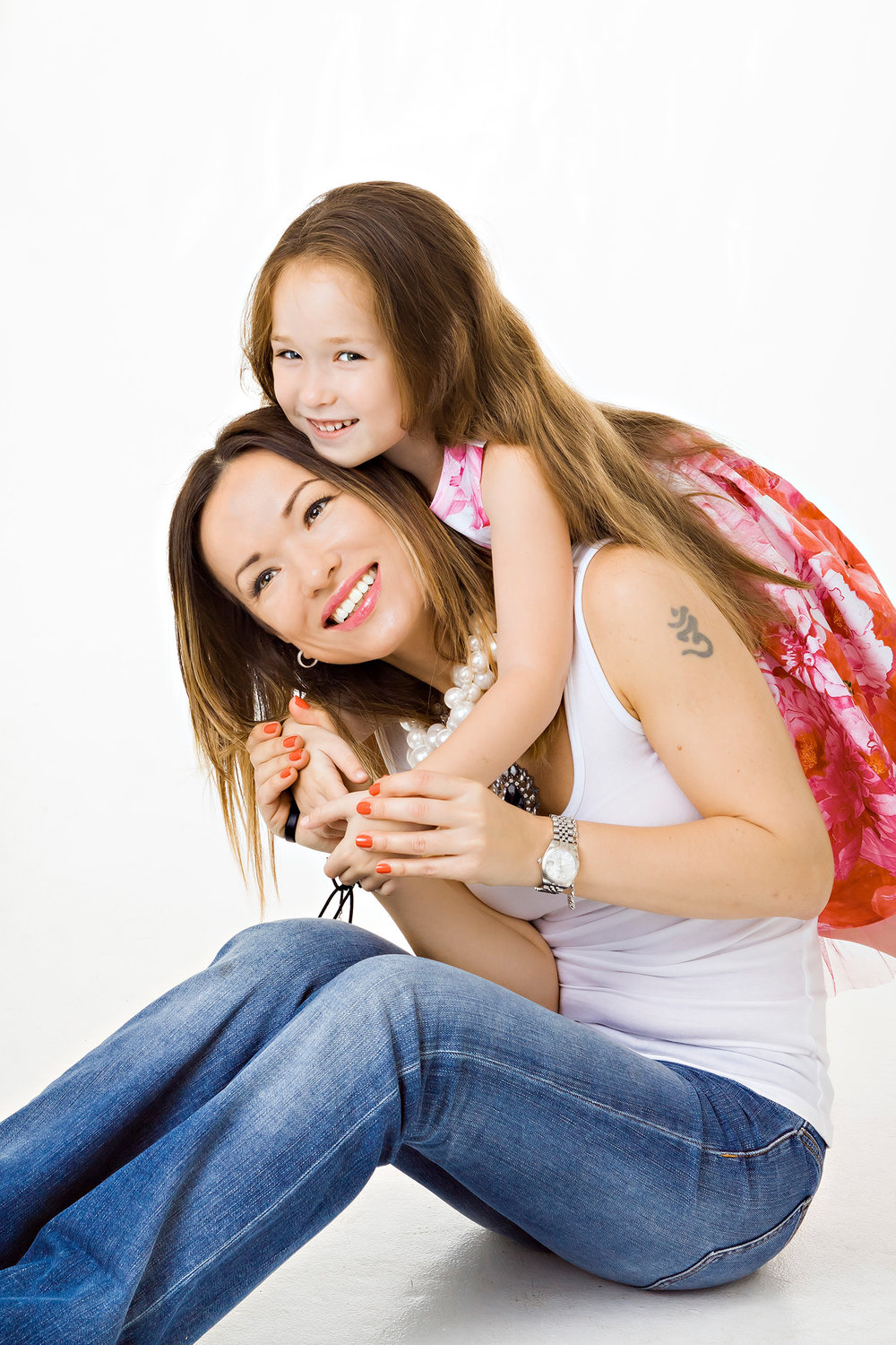 Casual Portrait of mom and daughter in the studio in Maywood