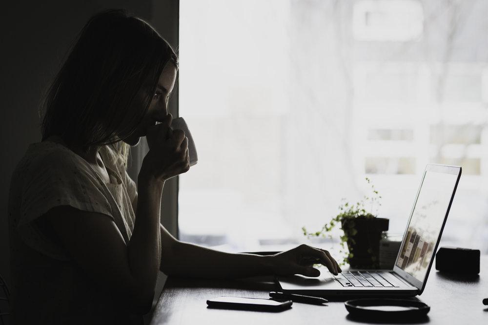 Bij consumptie van deze blogpost is een stevige kop koffie aanbevolen. Bij de redactie trouwens ook.