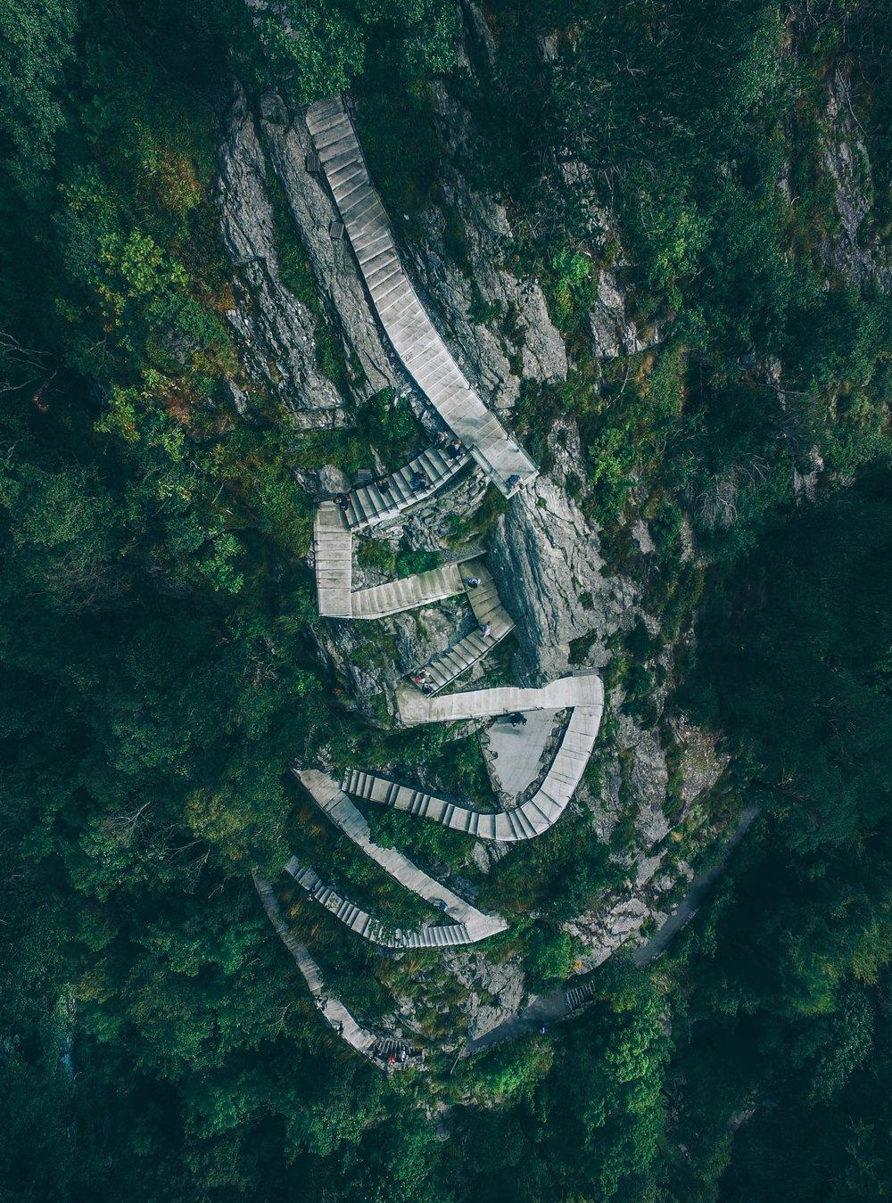 Stap voor stap ziet zo'n berg er best wel haalbaar uit,niet?