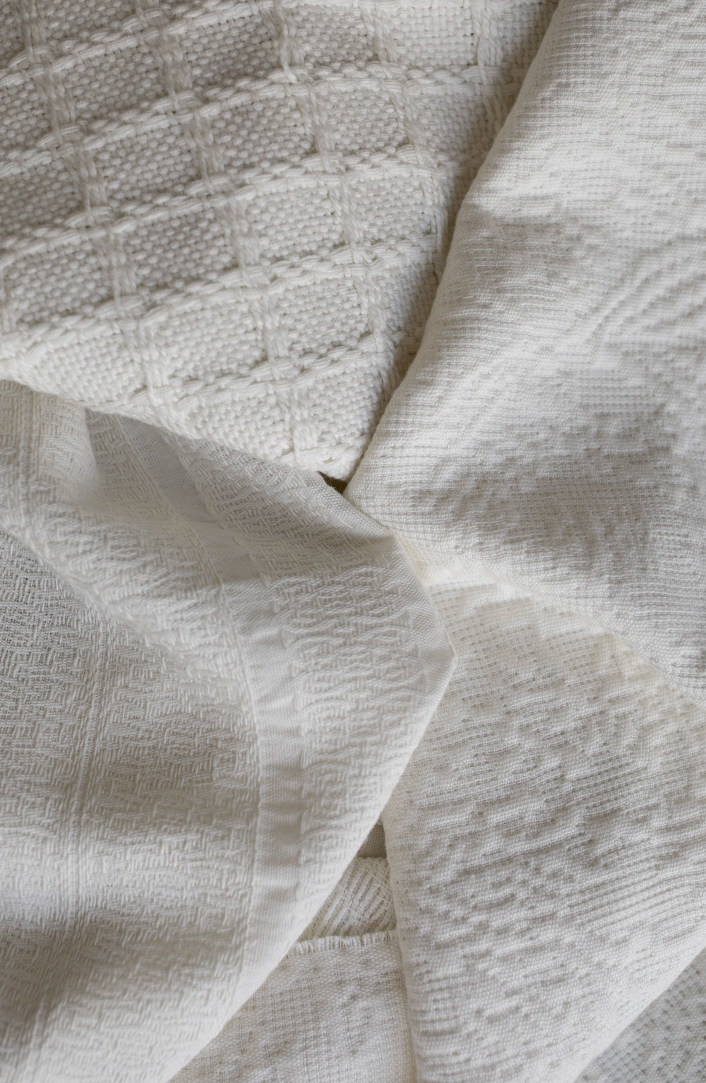 Organic cotton can come in a wide variety of different woven styles, produced by our artisan partners in India.