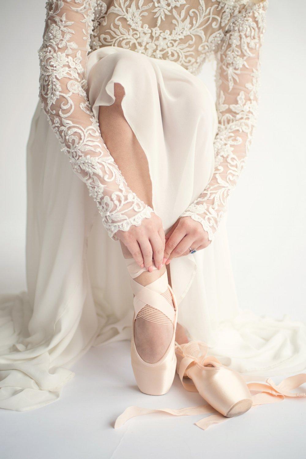 Ballet bridal editorial_Eva Tarnok Photography_34.jpg