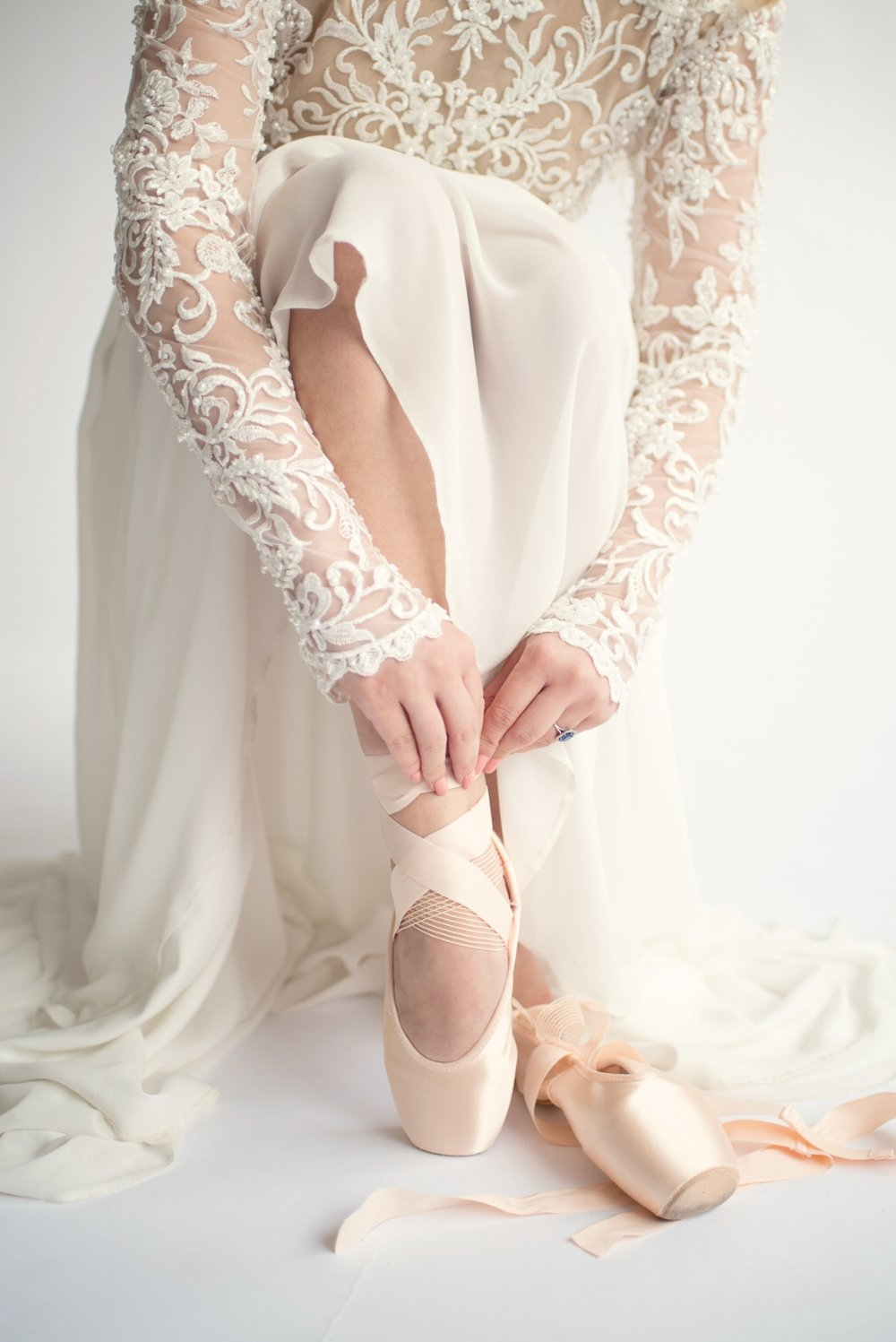 Click for more inspiration from  Ballet inspired bridal editorial