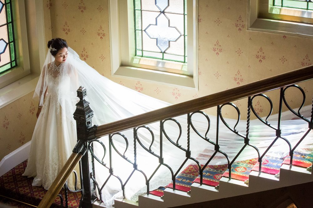 Oxford college wedding_bride pictured on staircase