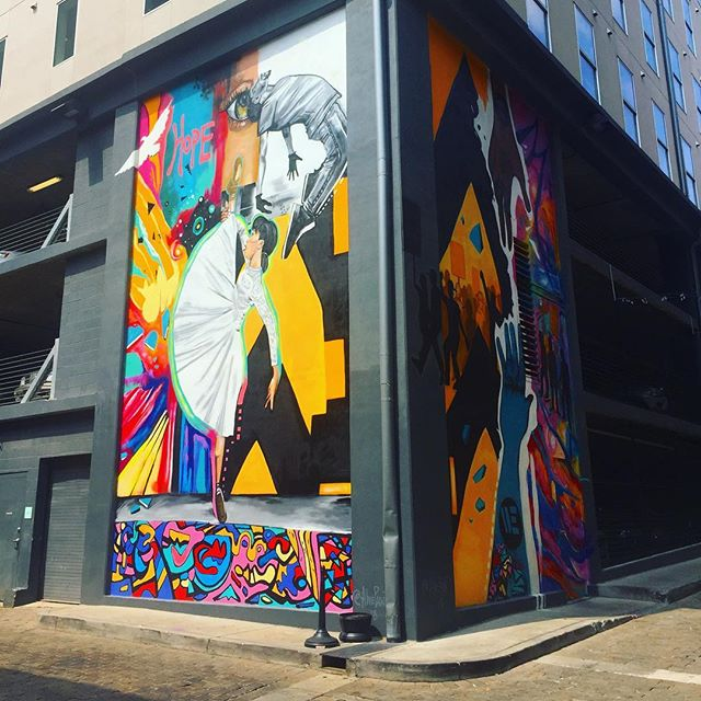 Our downtown neighborhood is beautiful! Visit us at 119 S Main Street to learn more about our free services and make sure you take a stroll around the block on Barboro Alley to admire this lovely mural by @alivepaint! ———————————— #memphismusictown #memphis #memphismusic #choose901 #ilovememphis #memphisartist #memphisarts