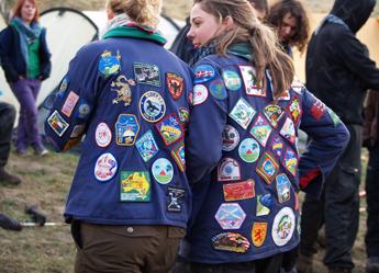 Vær en del af flokken |  Træn din karisma på Alpehøjskolen |   Få den bedste måned for dit liv på Alpehøjskolen.