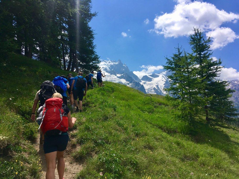 Adventuresport på vandretur |  Højskoleophold med Alpehøjskolen |  4 uger med outdoor og friluftsliv
