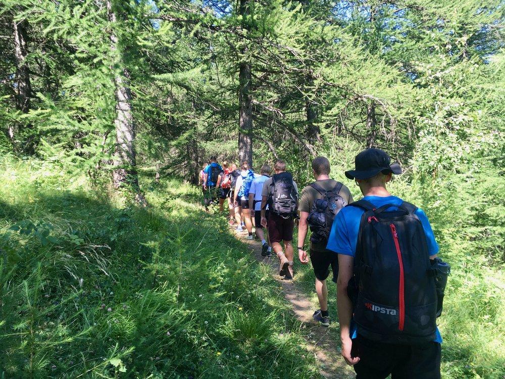Sommerhøjskole eventyr i lange baner |  Sommerhøjskole i 4 uger |  Vandring i Alperne med Alpehøjskolen