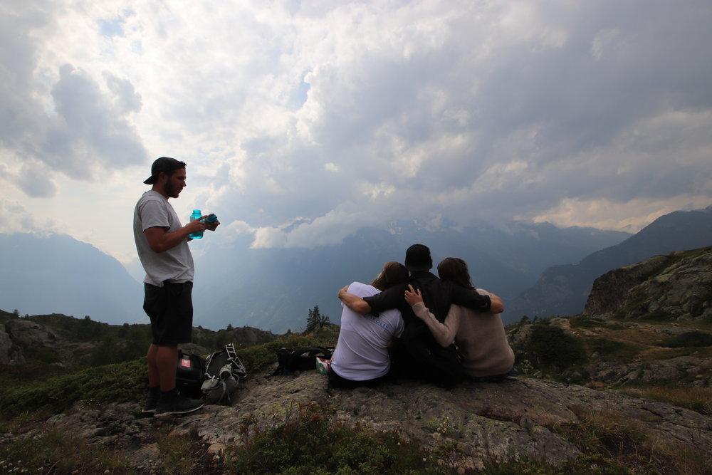 Sommerhøjskole i bjergene |  4 ugers sommerhøjskole i Alperne |  Fællesskab, udvikling, læring og leg er i fokus