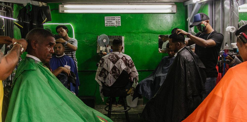 Los Barberos de la Cinco -