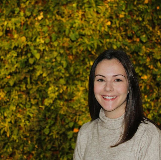 Missed monday, so member tuesday??? Meet Marisa, our head of marketing! Marisa is another Telfer student, in her third year of marketing. Currently surviving exam season by living off our overnight oat meal kit and watching gilmore girls. Don't worry, if that doesnt get her through exams, she might end up owning a flower shop or continuing her passion for arts and crafts! Have any inquiries or questions about marketing, Marisa is your gal! Happy tuesday!!! 🌱🌱🌱 #sprout#sproutottawa#membermondays#health#uottawa