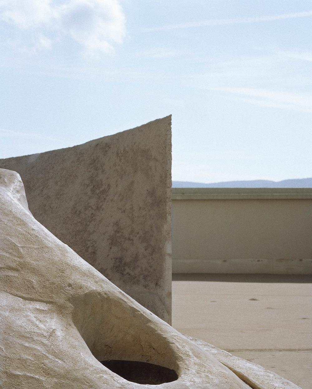 """Lorna Bauer,  Unité d'habitation #1 , Edition of 5 + 1 AP, 2018, pigment print, 50"""" x 40"""" (127 x 102 cm)"""