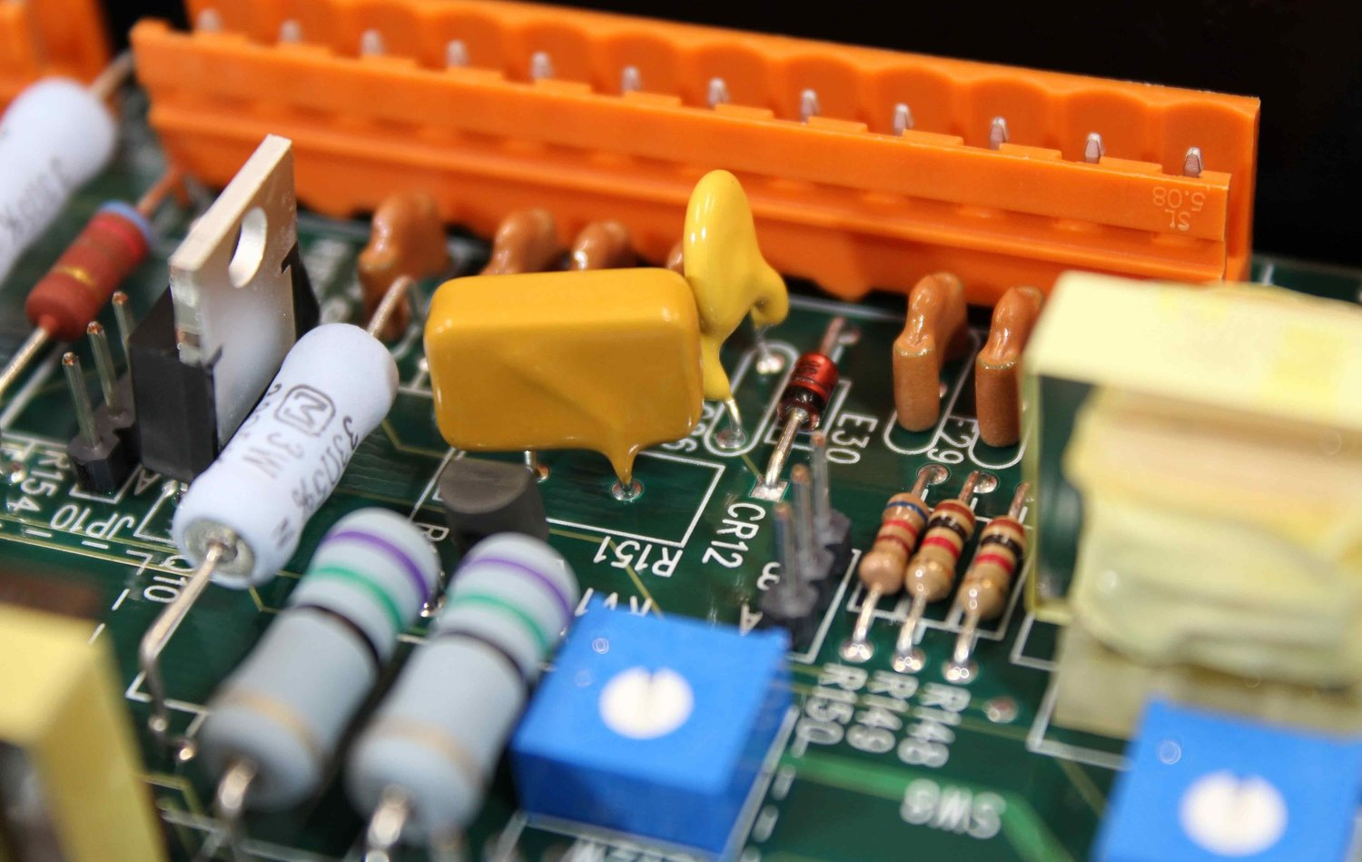 Services Printed Circuits Assembly Corporation Circuit Board Throughhole Through Hole