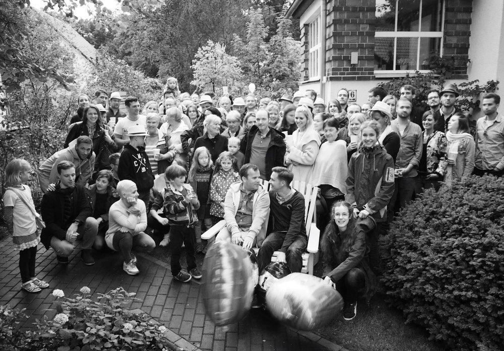 Alle Gäste des Hochzeitsfestes