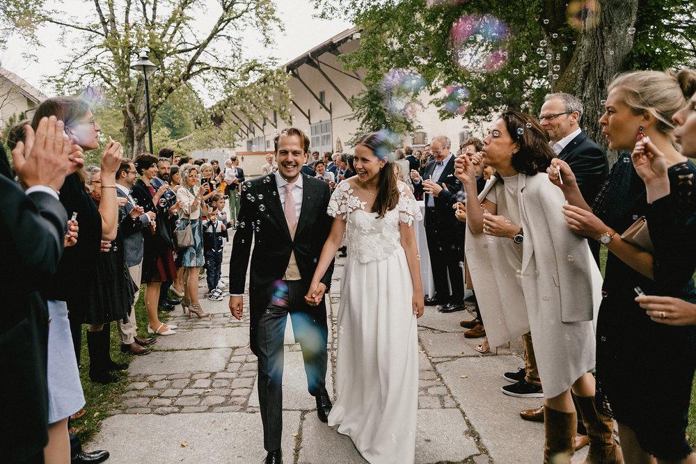 Seifenblasen für das Brautpaar