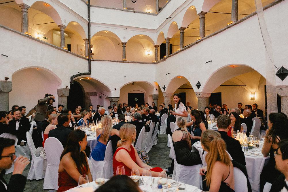 Hochzeitsparty organisiert