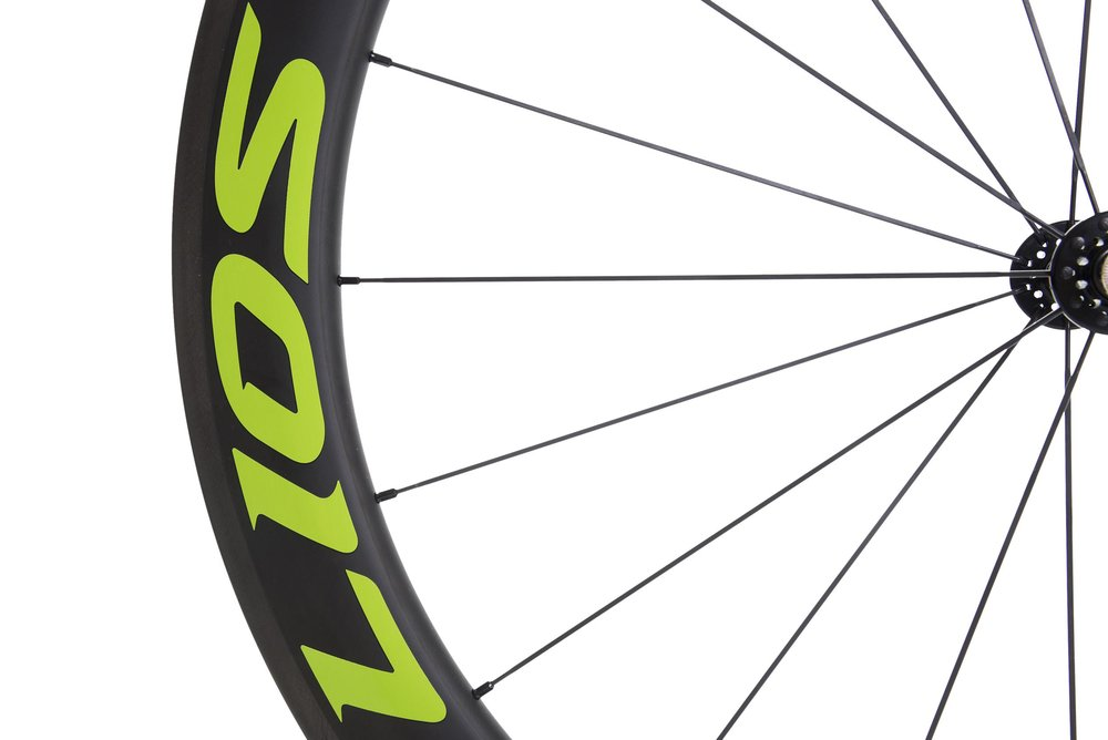 lios-c60-carbon-wheelset-green-image-4