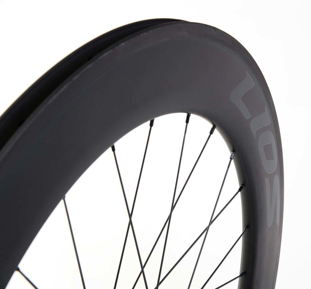 lios-c80-carbon-wheelset-black-image-4.jpg