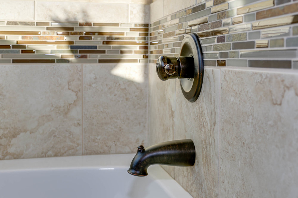 Master_Bathroom_2.jpg