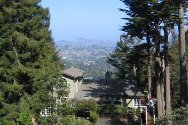 SOLD - 151 Bayview Dr, Mill Valley, CA4 bed/ 3 bath, 3212 sf$1, 623,000Represented Sellers