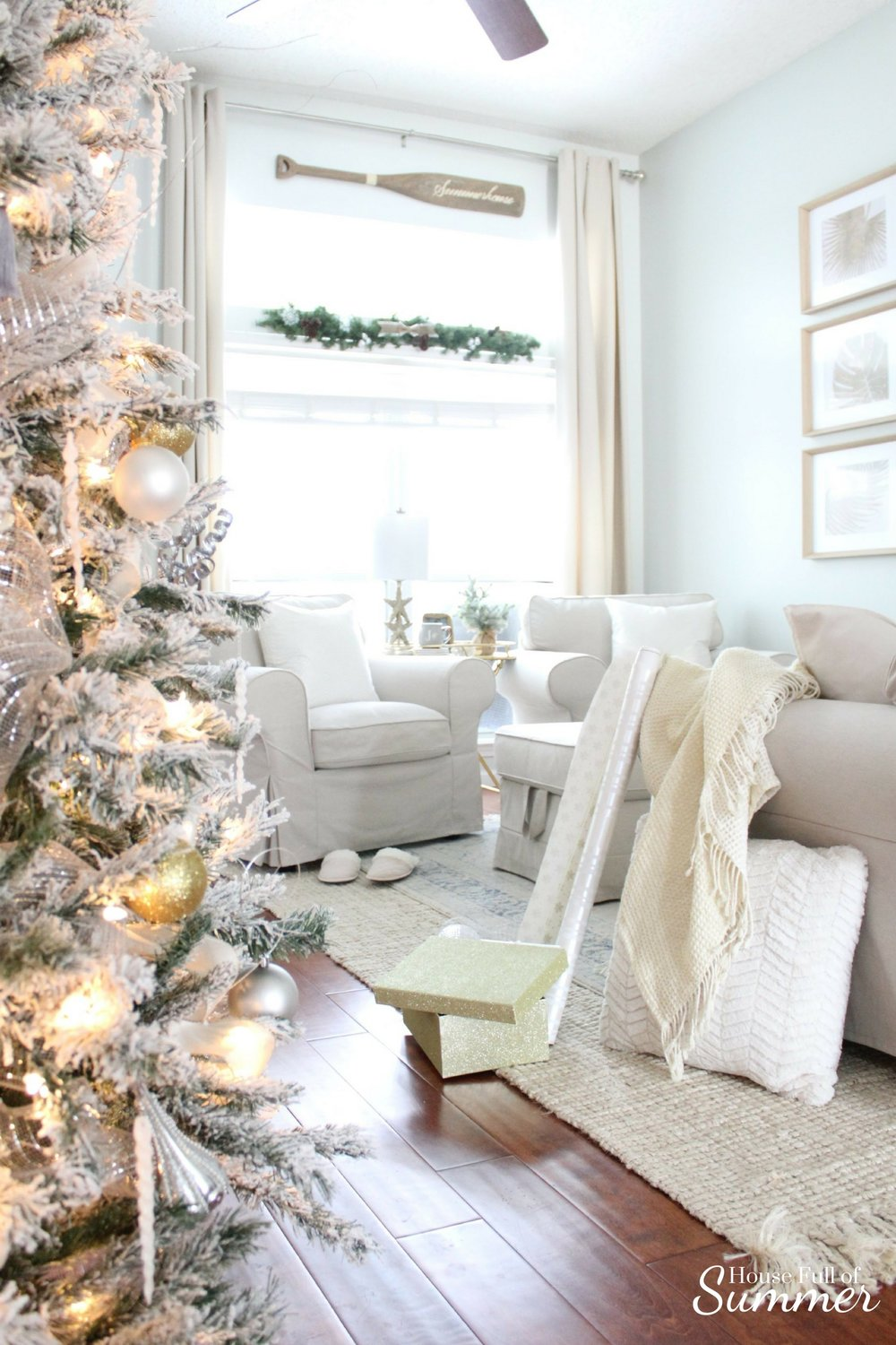 Christmas Home Tour | House Full of Summer blog hop - Cheerful Christmas Home Tourcoastal christmas neutral christmas decor, holiday home tour, florida christmas, living room, sitting room, slipcovered furniture, beach house, gold wrapping paper