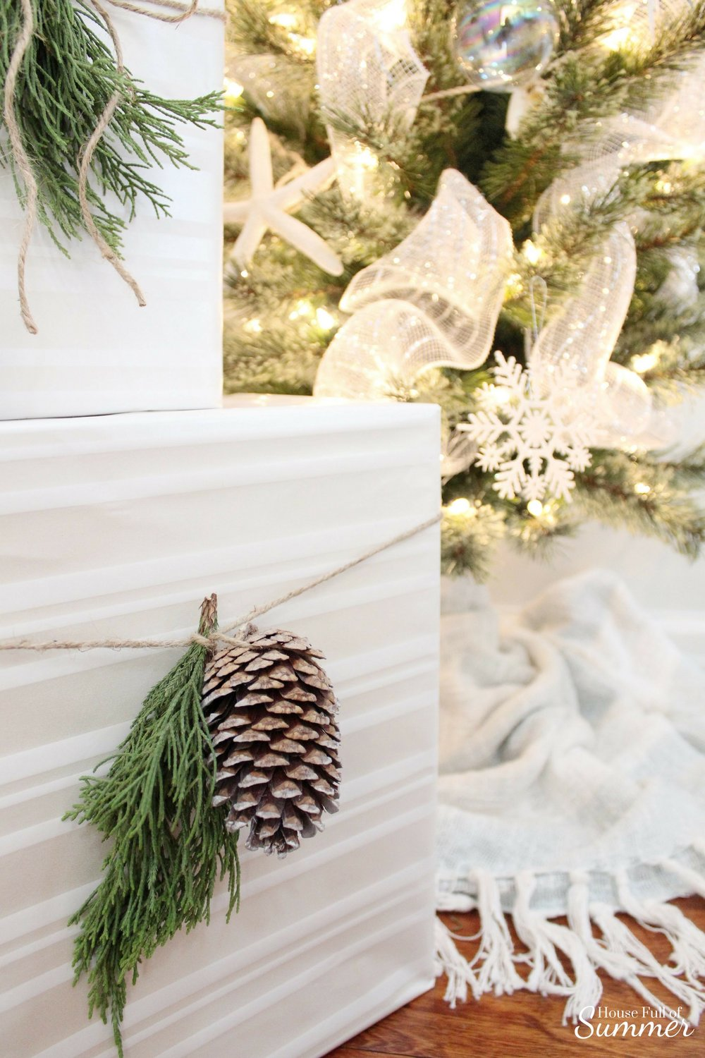 How To Make Fresh Pine Swags | House Full of Summer blog - diy christmas ideas, simple christmas decor, fresh greenery in christmas decor, holiday decor, coastal home christmas decor, classy decor, beachy christmas ideas, home interior, chair swag, pine swag, misteltoe, garland, gift wrapping ideas