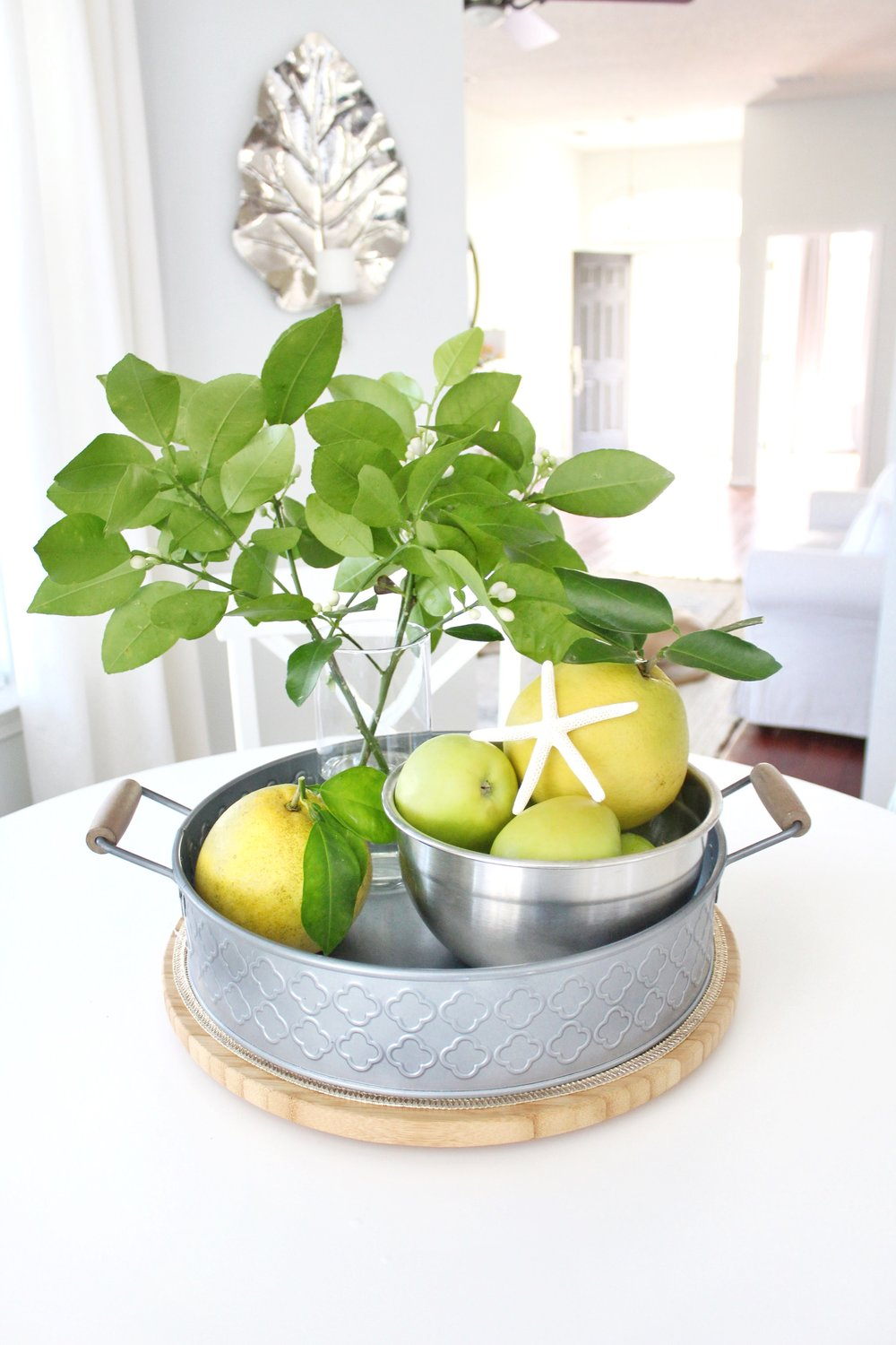 Add New Life to Your Home With This New Year's Resolution | House Full of Summer blog adding greenery to your home, decorating with plants, fronds, trimmings, winter decor, home decor, coastal interior ideas, coastal chic, grapefruit tree, tropical greenery, kitchen decor, breakfast nook decor