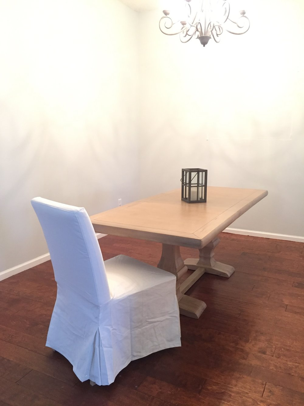 Why I Love My White Slipcovered Dining Chairs! | House Full Of Summer    These