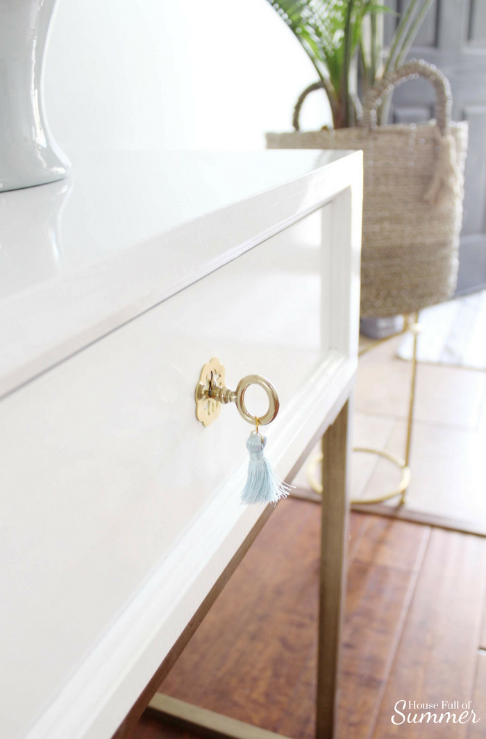 Serene Coastal Chic Foyer Refresh | House Full of Summer x Lo Home - Palm Beach chic style, ginger jar lamps, round mirror, white and gold console, neutral decor, beach house style, Florida home decor