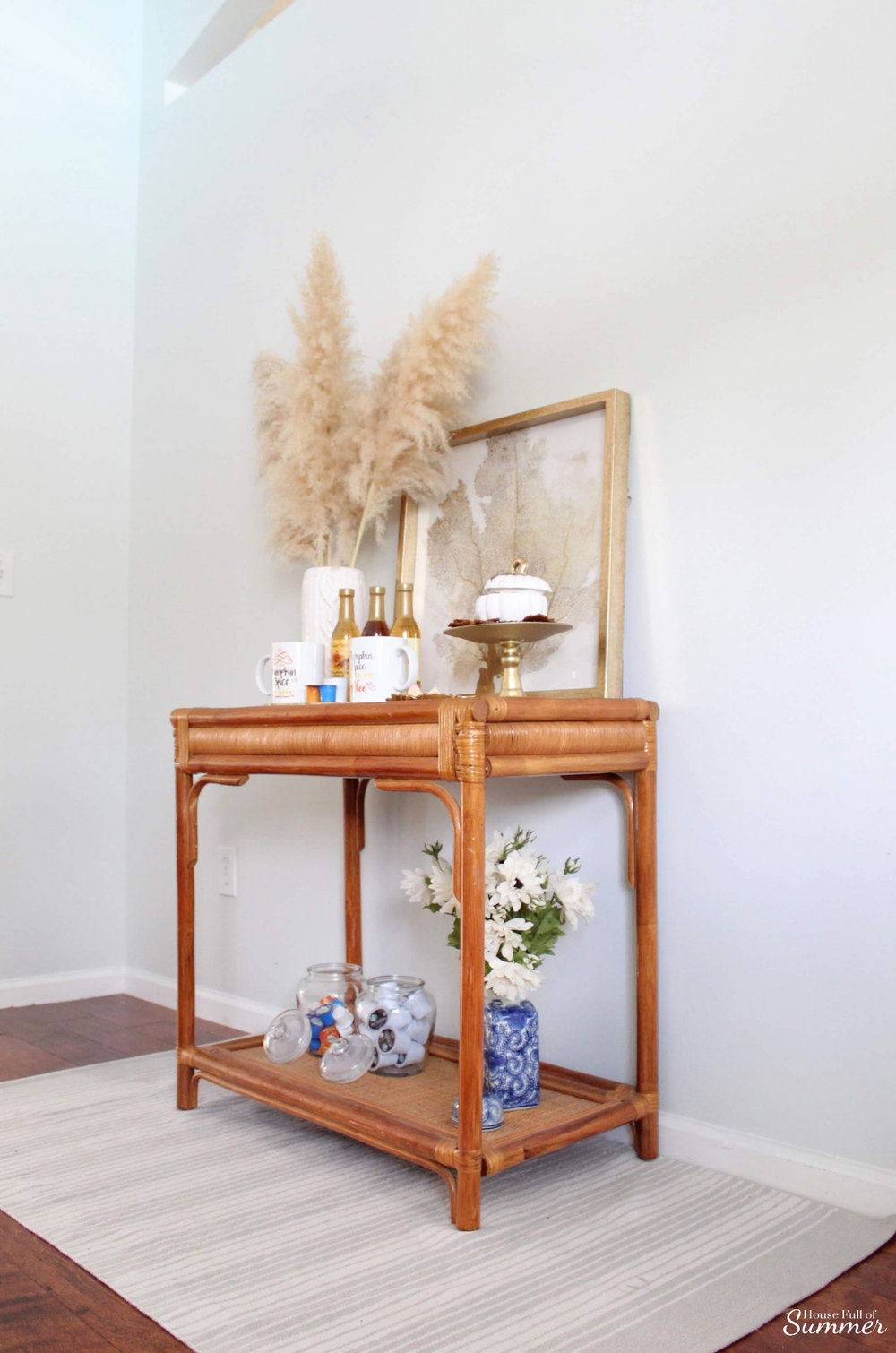 5 Items You'd Never Guess I Found on Craigslist - cheap decorating ideas, budget decor, DIY home ideas, cane furniture, coastal home decor, guest room #housefullofsummer