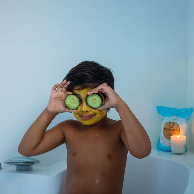 Kids are never too young to start learning tools to support their mental health.⁣ ⁣ In our house we do self care Sunday- mini style! It involves a bath with all the extras; bubbles, candles, epsom salts. We have a soak, and a chat. It's good.⁣ ⁣ What are some things you parents do with your kids to help them slow down and chill mindfully for a bit? ⁣ ⁣
