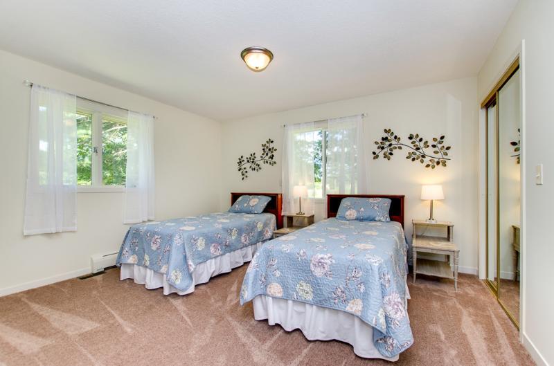 CC 3rd Bedroom.jpg