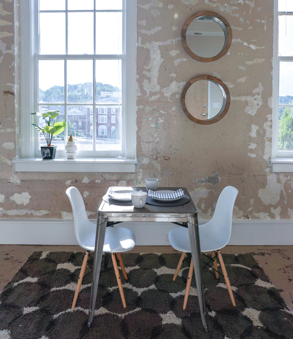 AIRY APARTMENT DINING ROOM.jpg