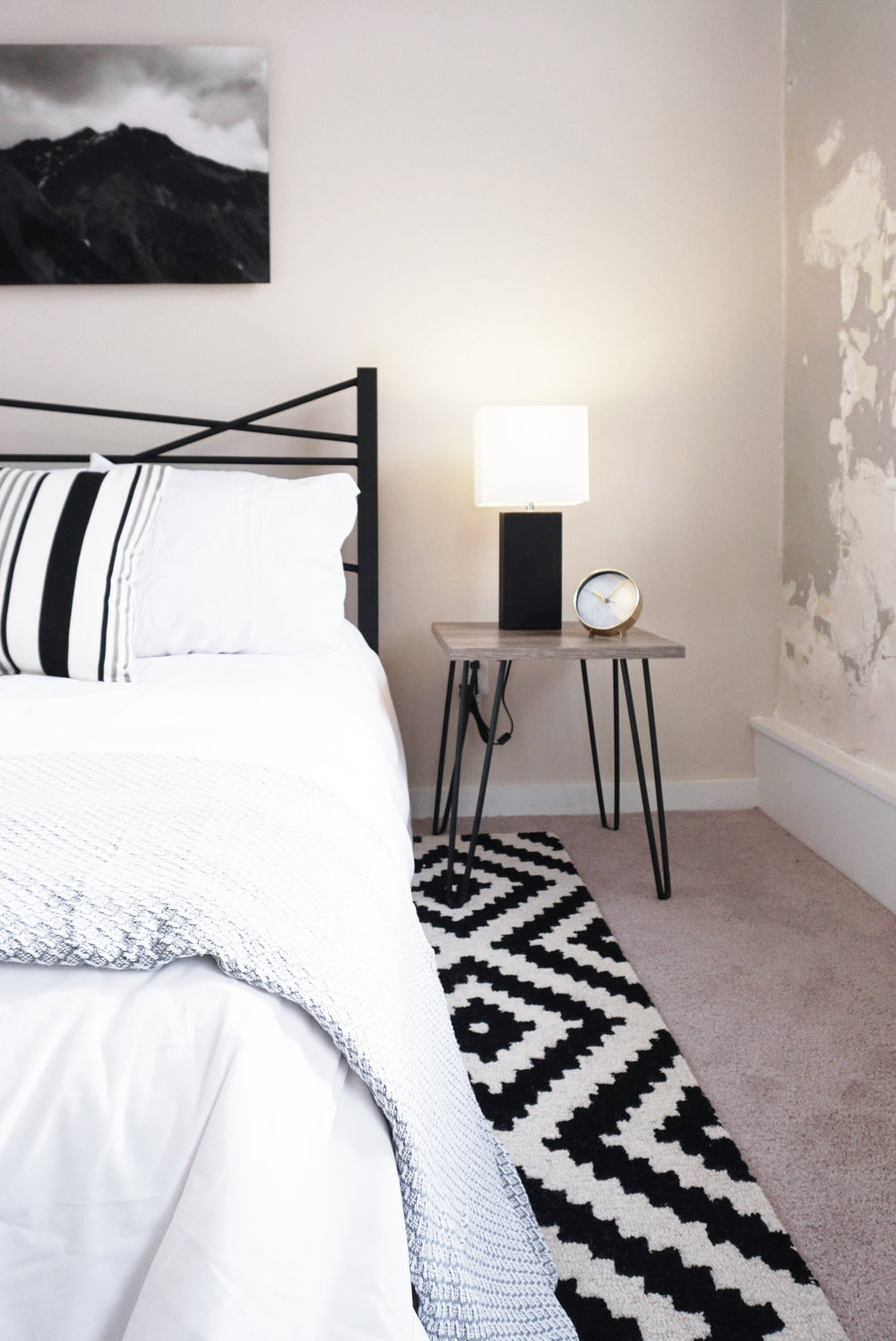 AIRY APARTMENT BEDROOM BED AND END TABLES.jpg