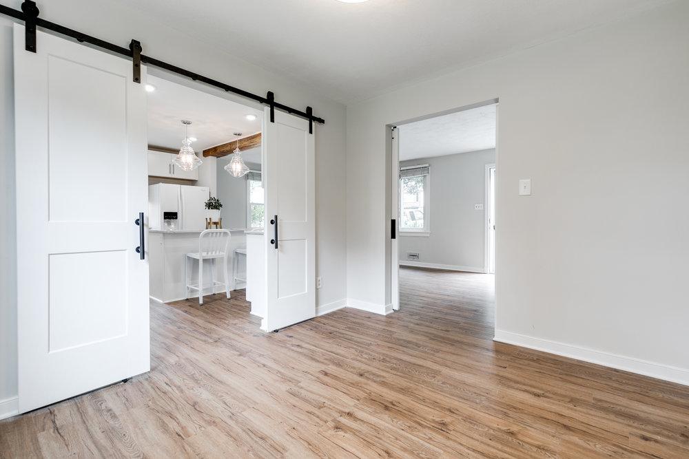 1406 Coronet Drive Kitchen (27 of 40).jpg