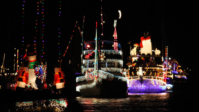 ChristmasShips.jpg
