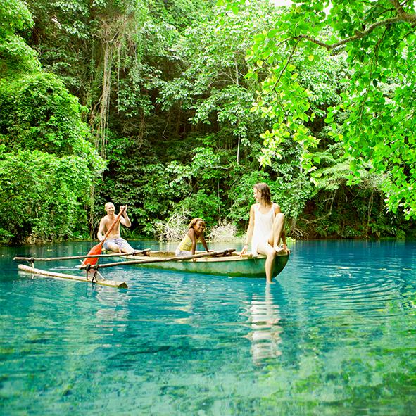 riri_canoe.jpg
