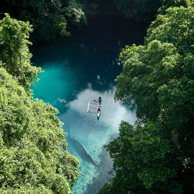To adventure is to find 🌏 📷@captyvate . . . . #DiscoverSanto #DiscoverVanuatu #Vanuatu #EspirituSanto #bluehole #paradisefound #wakeupinvanuatu #igdaily #southpacificislands #instagood #pacificparadise #islandlife #islandsofadventure #instadaily #islandtime #exploremore #welltraveled #weareexplorers #adventurephotography