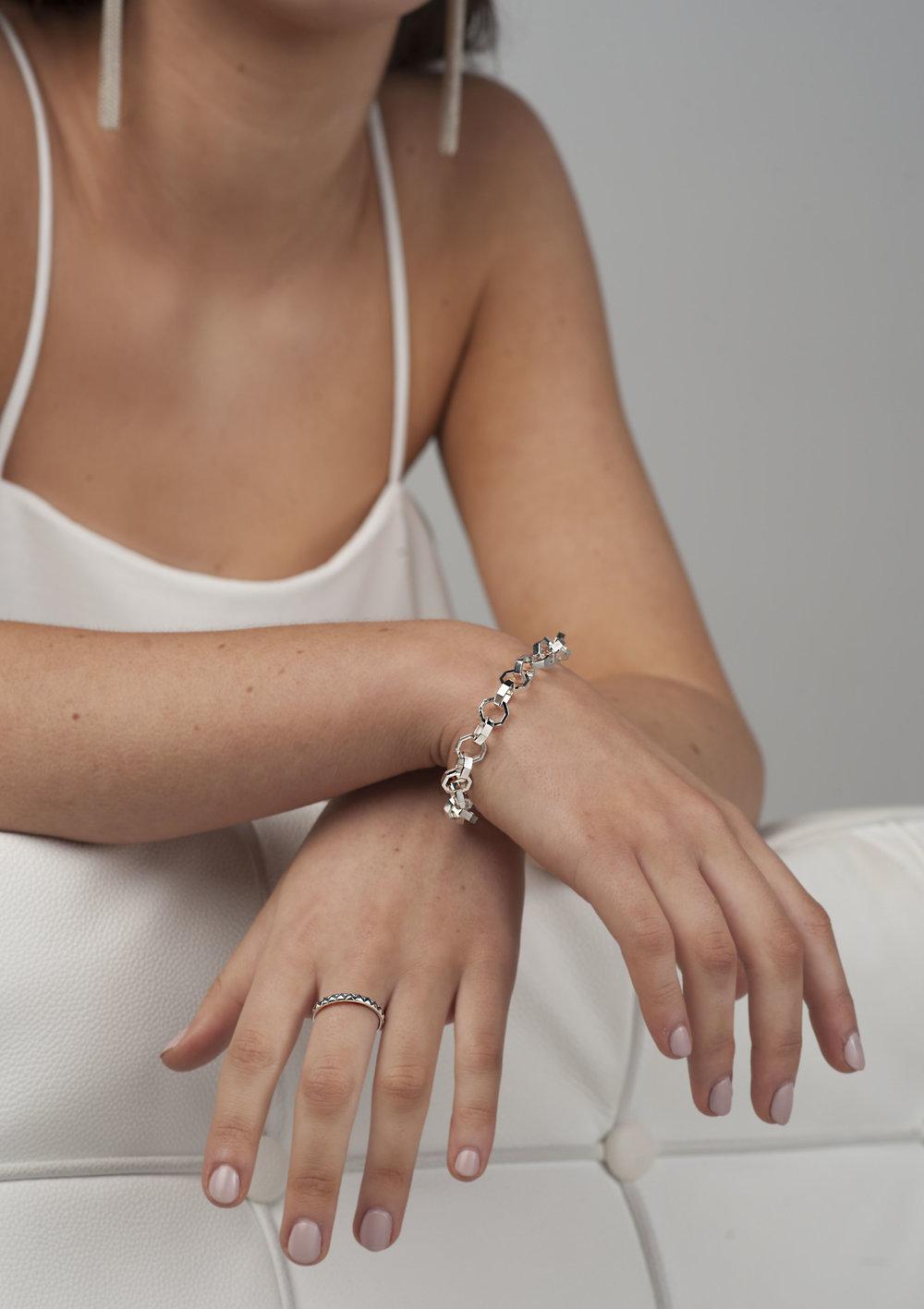 Scarlet Jewellery Label2081.jpg