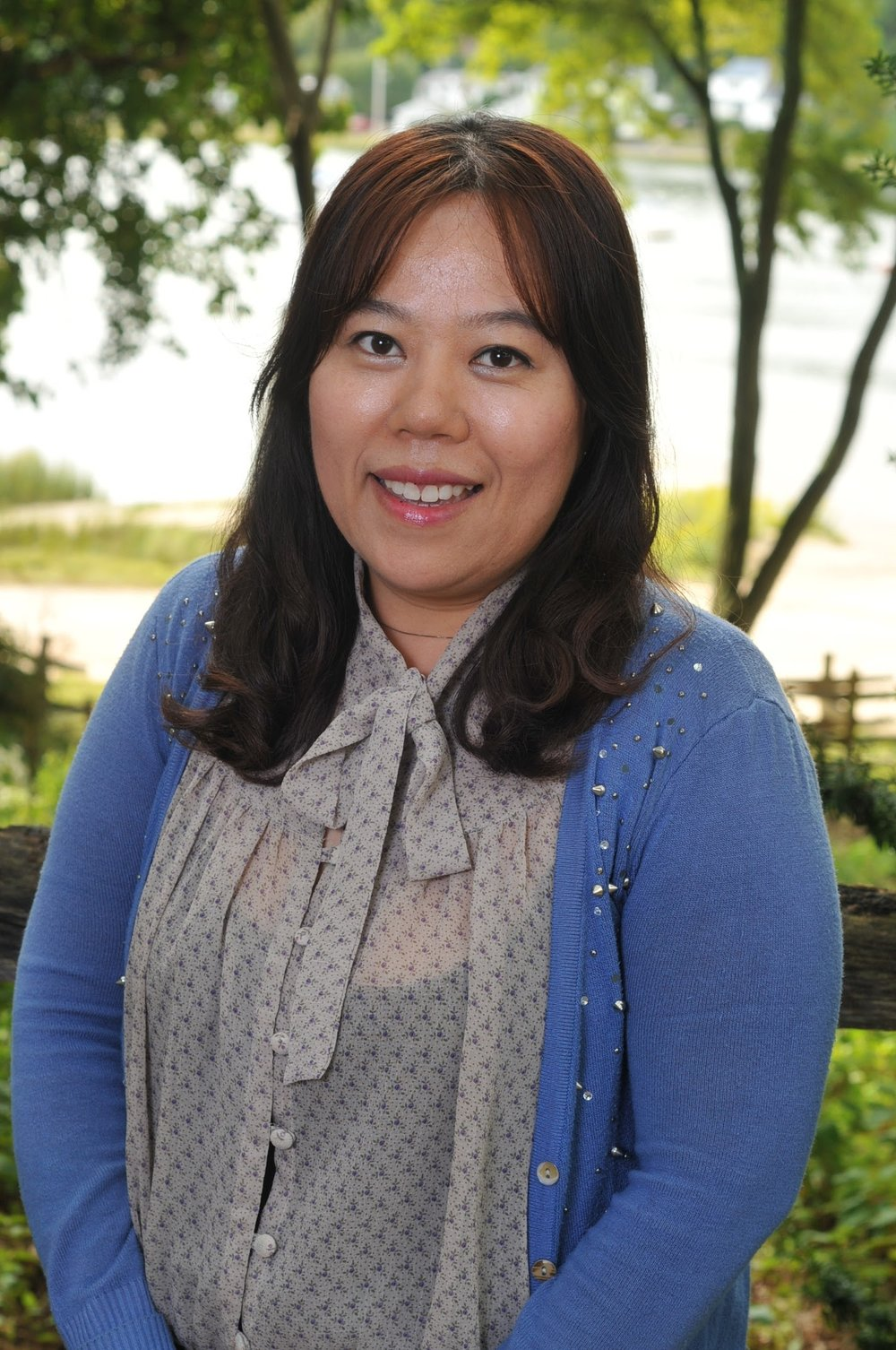 Grace Lee, Assistant Teacher    What is your favorite montessori activity?  Making words with Movable alphabet   What is your favorite school lunch?  Thursday Hot lunch made by families   What is your favorite LOL tradition?  LOL Beach day   find me at top of the hill campus
